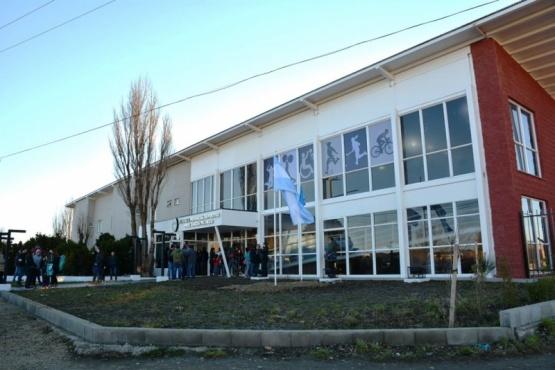 El Gobierno inauguró el albergue deportivo