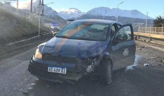 Dos conductores hospitalizados tras violento