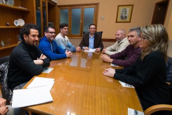 Maderna recibió a organizadores del X Congreso de Educación Física y VII Simposio de Deportes