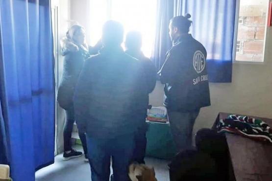 Dirigente de ATE denunció que ingresaron a su casa y amedrentaron a su familia