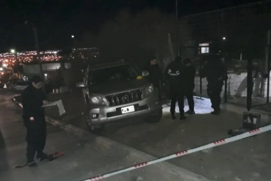 Encontraron muerto a un hombre adentro de un auto