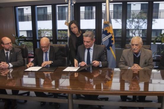 Arcioni concretó financiamiento del CFI por más de 32 millones de pesos