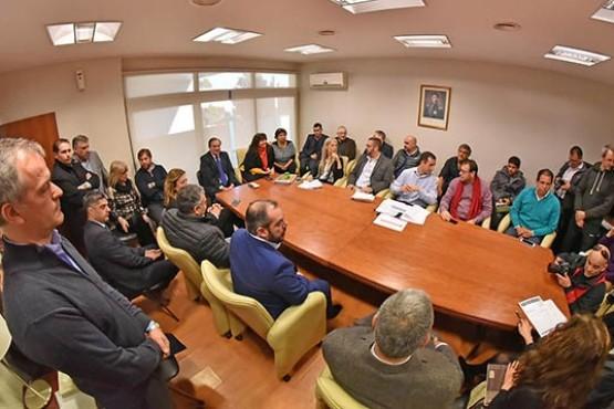 Cooperativas: integran comisión interpoderes para negociar deuda con Cammesa