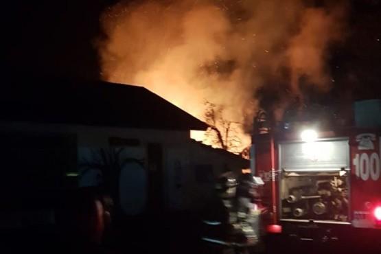 Se incendió el depósito de una escuela y preocupó a los vecinos