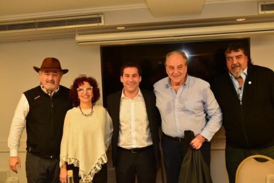 """Luque recibió el apoyo de Carlos Heller: """"Tenemos esperanzas y sueños parecidos"""""""