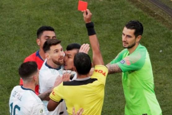 Dura sanción para Messi: tres meses de suspensión