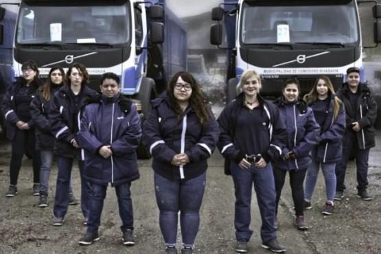 Mujeres al mando: comenzaron a trabajar en el municipio como choferes de flota pesada