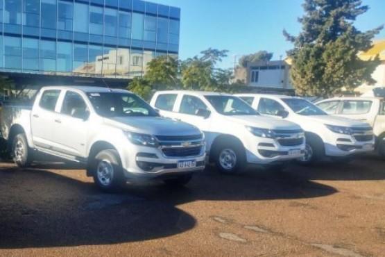 Vialidad Provincial incorporó camionetas a su parque vial