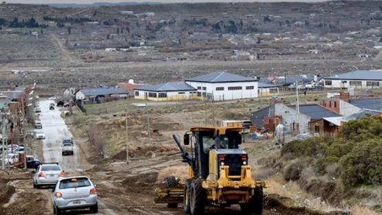 Trabajos de mejoramiento en accesos barriales y plan de bacheo