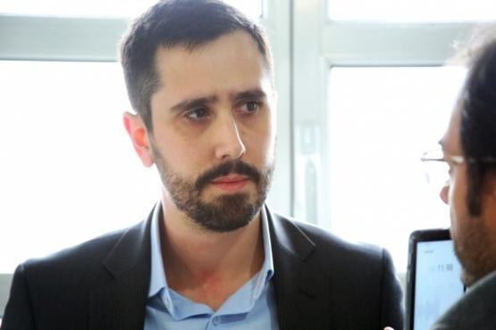 Dr. Ramiro Neil, abogado de los amparistas de YCRT. (Foto: C. González).