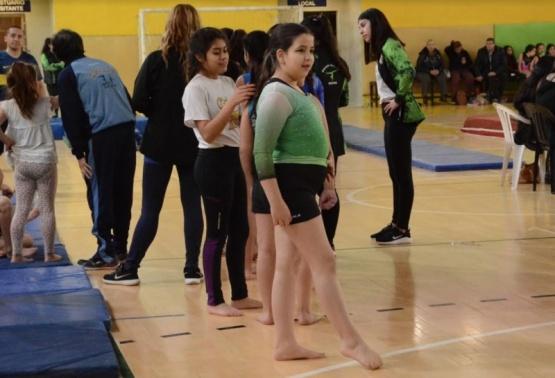 Las más pequeñas participaron del torneo de gimnasia artística