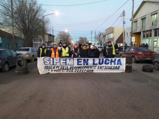 Trabajadores del SIPEM mantienen el reclamo de pase a planta