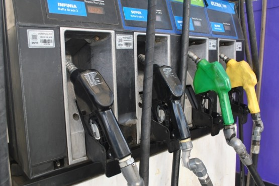 Suspendieron congelamiento al precio de la nafta y hay incertidumbre