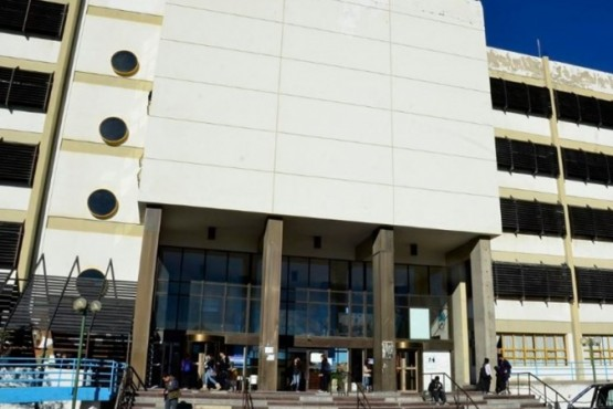 La Facultad de Humanidades y Ciencias Sociales suspendió las actividades