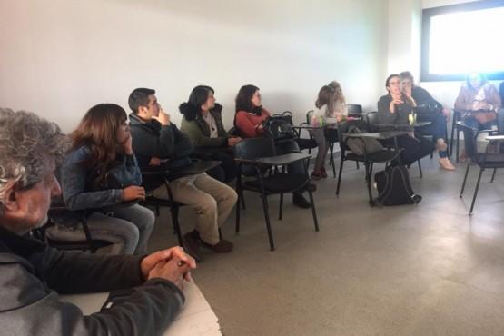 Docentes de la Universidad darán clases abiertas en las oficinas de SEROS