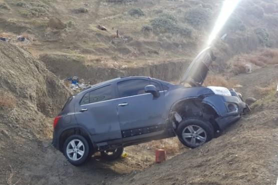Camioneta desbarrancó en Comodoro