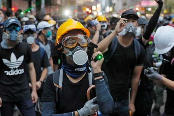 Pese a las amenazas de China, los manifestantes vuelven a las calles de Hong Kong