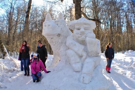 Finalizó el Festival de Escultura en Nieve 2019 en Haruwen