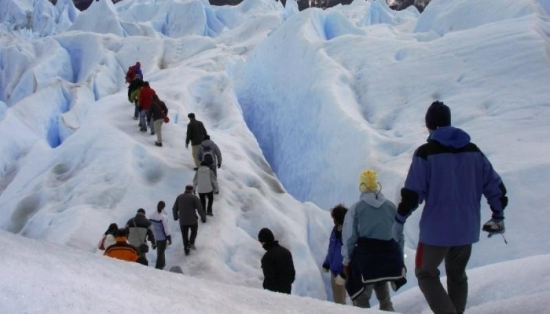 La Patagonia está marcada por el turismo internacional.