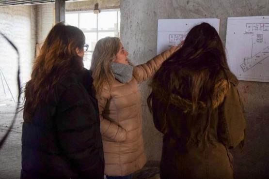 Funcionarios del Ministerio del Interior recorrieron la obra del NIDO