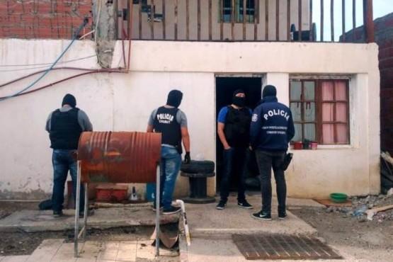 Detenciones y allanamientos en Madryn y Comodoro