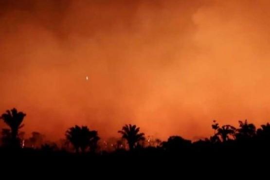 Es falso que llovió sobre los incendios en el Amazonas