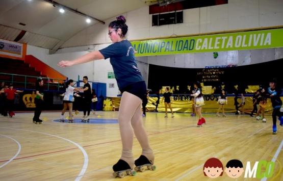 Las chicas de la Liga Independiente participan de clínica