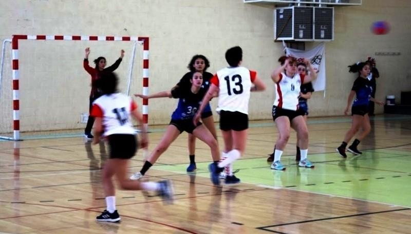 Las chicas también juegan en Río Gallegos.