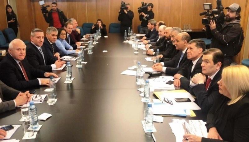 El lunes, las provincias terminarán de definir las presentaciones judiciales. (Archivo).