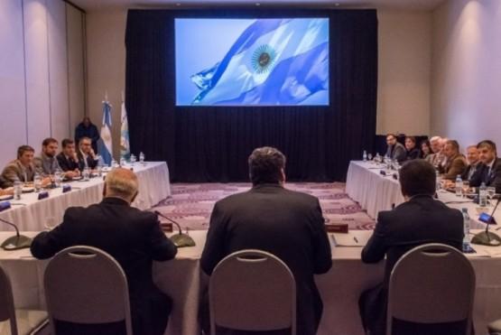 Aguilera en el Consejo Interprovincial de Ministros de Obras Públicas