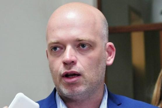 Se acrecienta la crisis en el Gabinete de Arcioni: habría renunciado el ministro de Salud