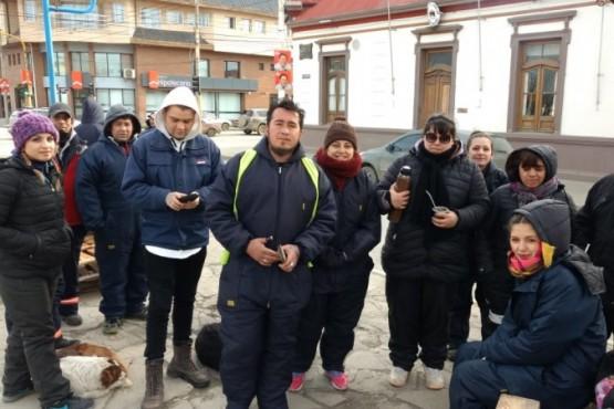 Trabajadores del SIPEM cortan la circulación vehicular