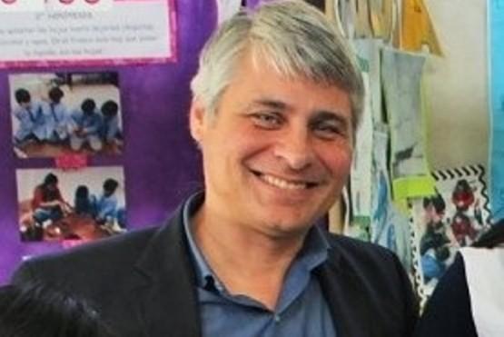 Paulo Cassutti sería el ministro de Educación