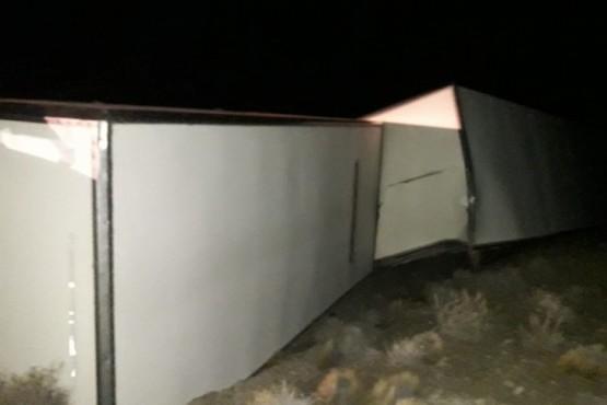 Volcó camión que iba a Esquel cargado de electrodomésticos