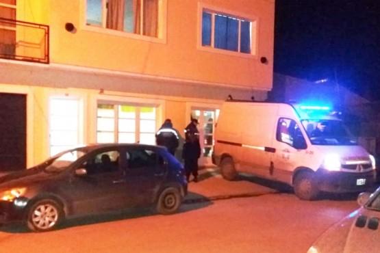 La Unidad de Trasladados Especiales retiró el cuerpo cerca de las 22:00 de ayer.