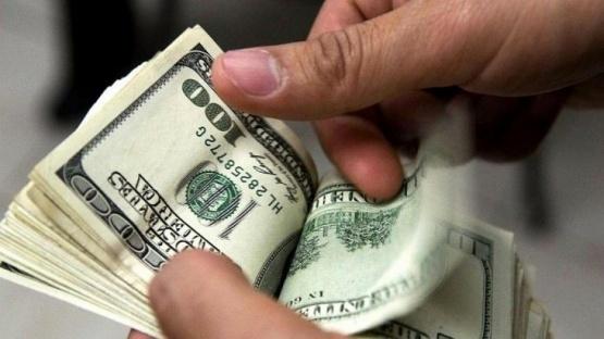 Bancos extenderán el horario y aumentarán liquidez en dólares