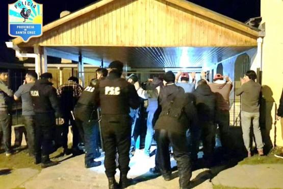 Se identificaron personas y se inspeccionaron locales nocturnos.