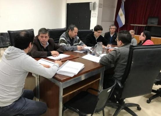 La comisión está integrada por Leal, Leguizamón y Medvedovsky.