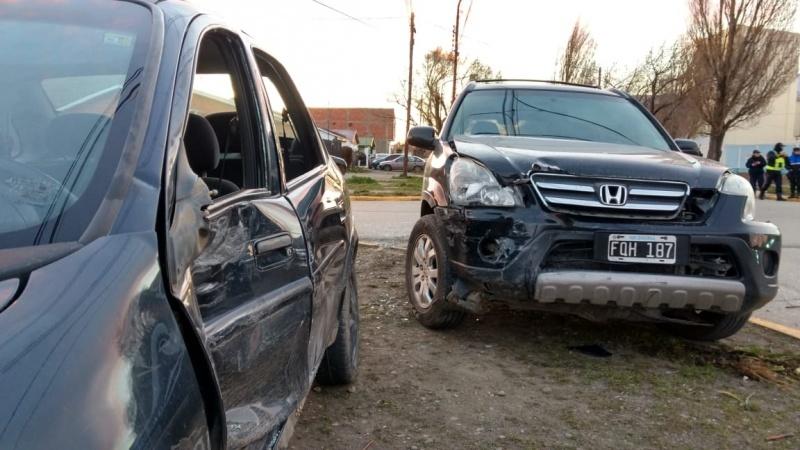Hubo dos heridos tras el fuerte impacto. (C.G)