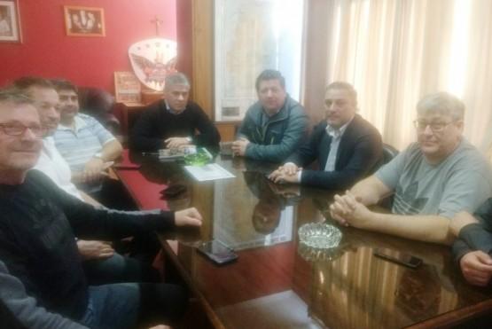 El Gobierno analizó la situación del sector petrolero con representantes sindicales
