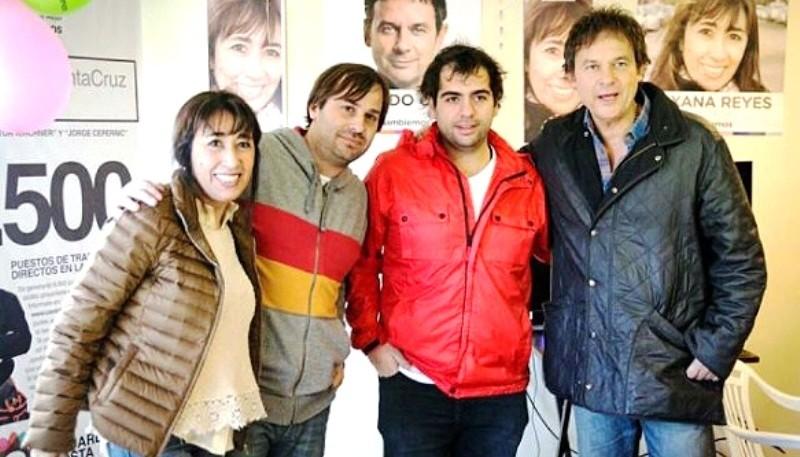 Daniel Roquel y Santiago Gómez, tiempo atrás junto a Costa y Reyes. (Archivo).