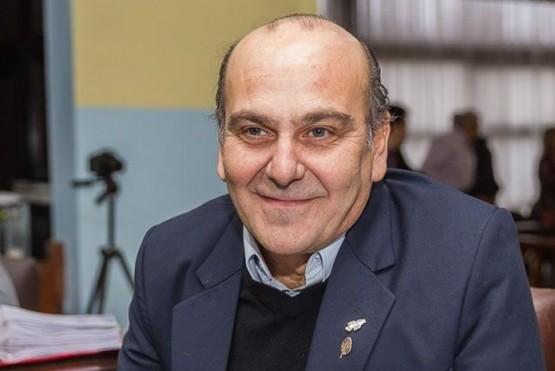 El legislador justicialista Ricardo Furlan presentó una iniciativa para adoptar el controvertido sistema electoral que rige en la provincia de Santa Cruz