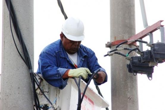 Desde temprano personal de Servicios Públicos SE trabaja en el corte de energía (Foto archivo - ilustrativa)