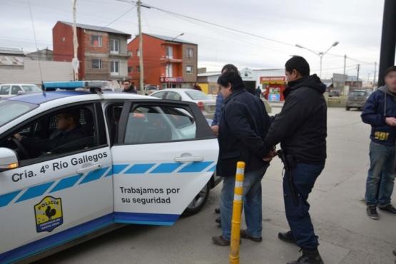 Momento en que el condenado es detenido por el personal de la DDI.