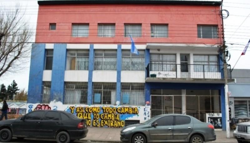 Sede sobre Av. Kirchner (Archivo)