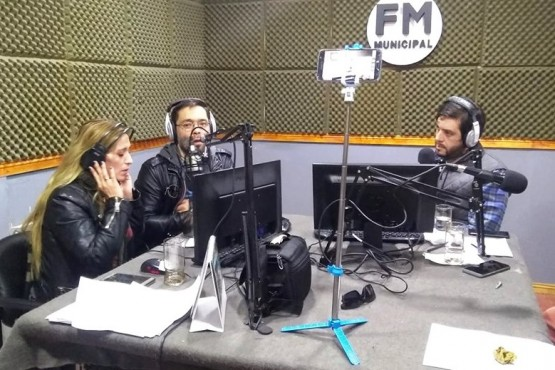 Cassarini ayer en FM Municipal de Perito Moreno.