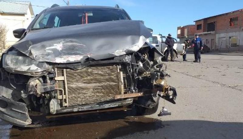 Así quedó uno de los vehículos (Foto C.R.)