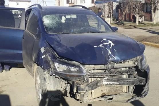 El estado en que quedó el vehículo del agresor denota la violencia del suceso.