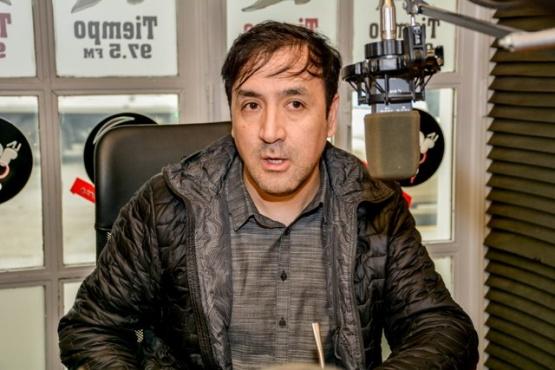 El candidato a intendente, Pablo Grasso, en Tiempo FM (Foto C.R.)