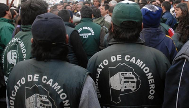 """""""El gobierno de Chubut es mucho más complicado de dirigir que una escribanía"""
